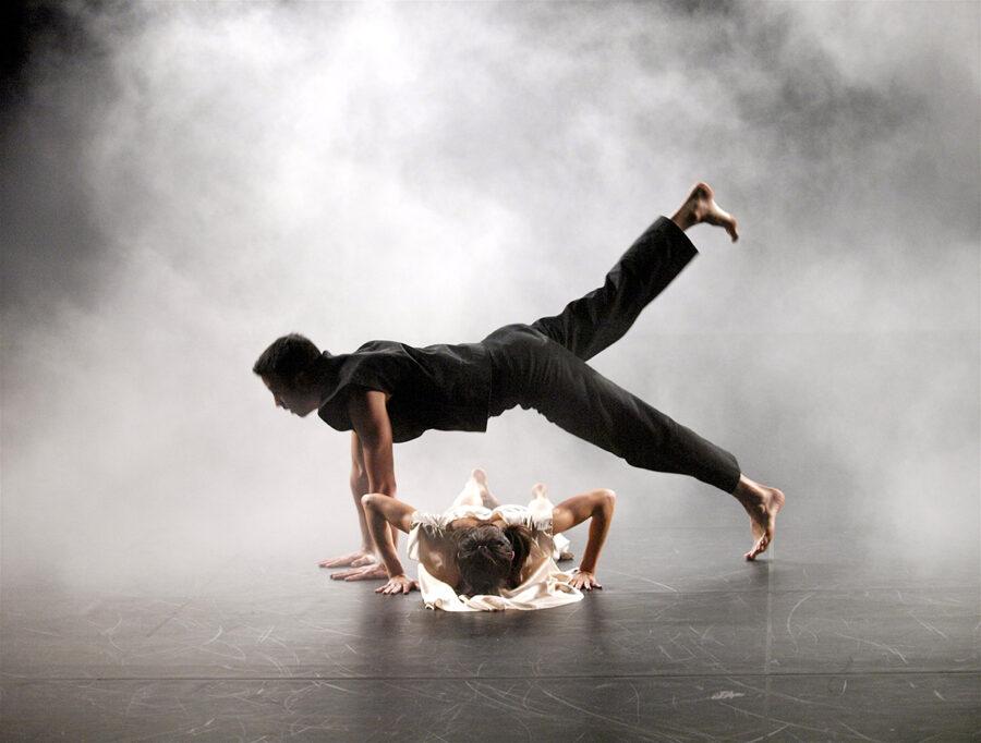 Opal Loop. Trisha Brown Dance Company