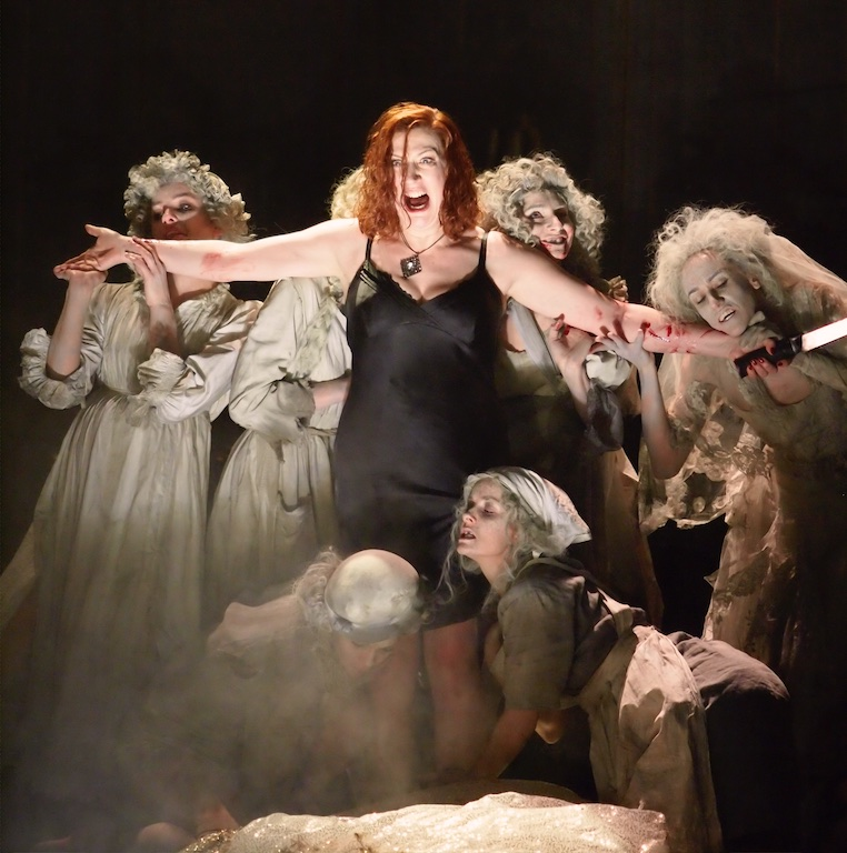 Sarah Connolly as Medea. ENO